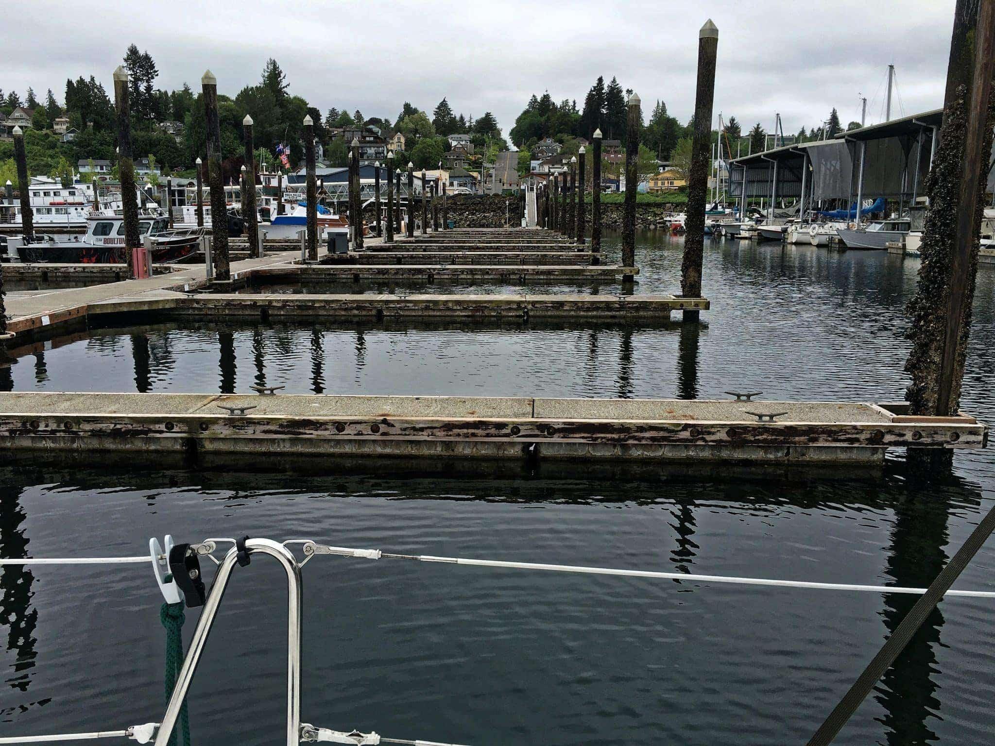 Empty guest docks