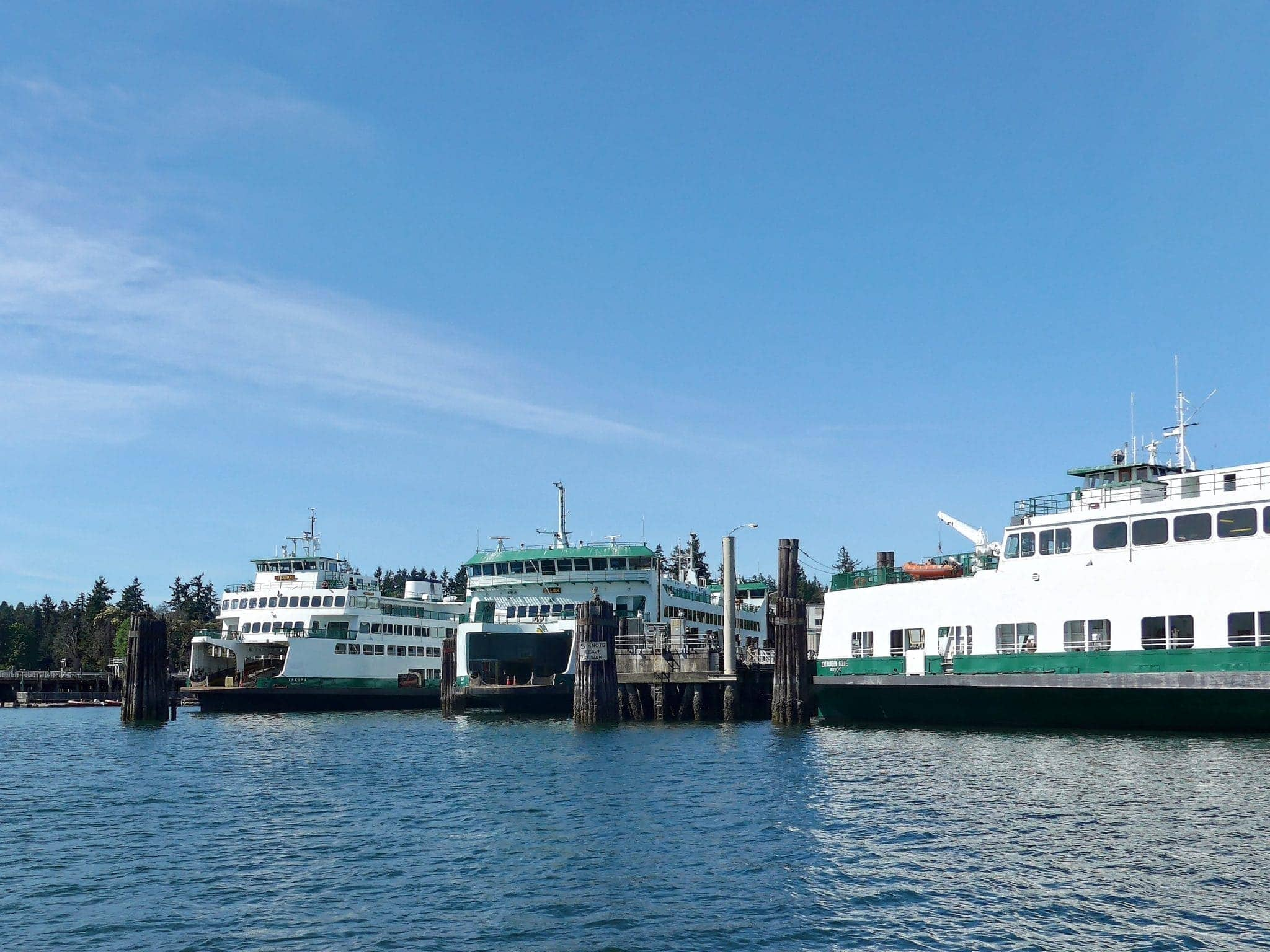 Ferries Yakima and Salish in Eagle Harbor