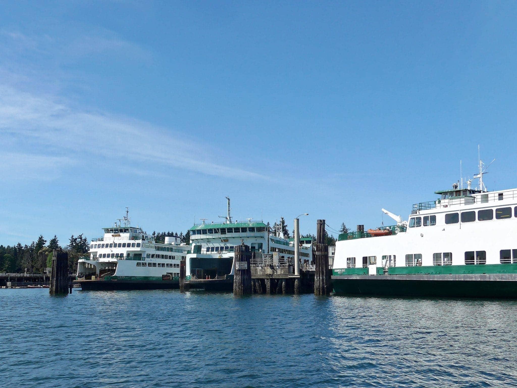 Ferries Yakima and Salish in Eagle Harbor