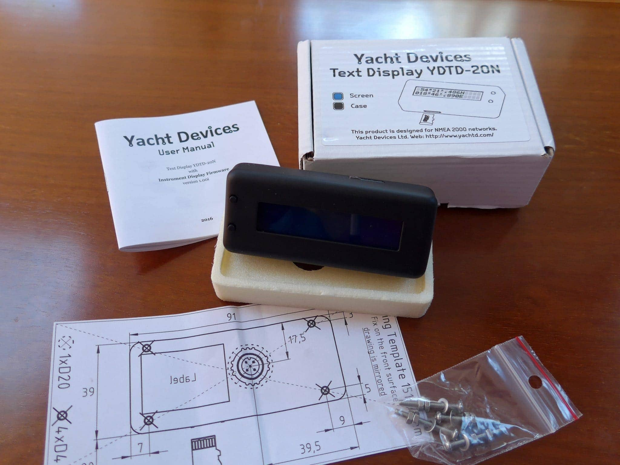Yacht Devices Text Display packaging