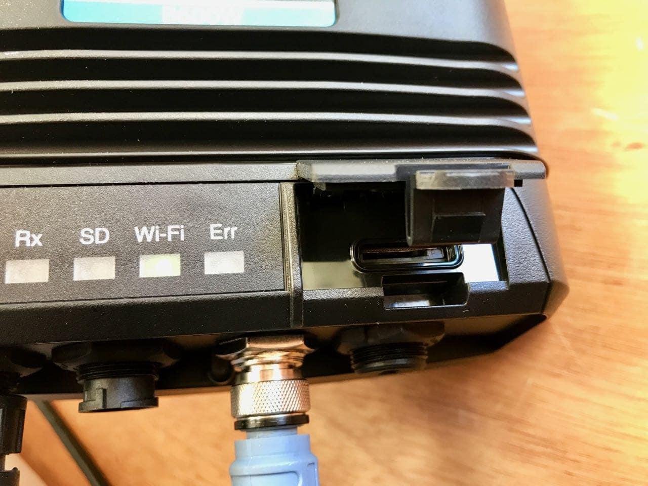 AMEC-WideLink-B600-CLASS-B-SOTDMA-AIS-TRANSPONDER-SD-card-slot