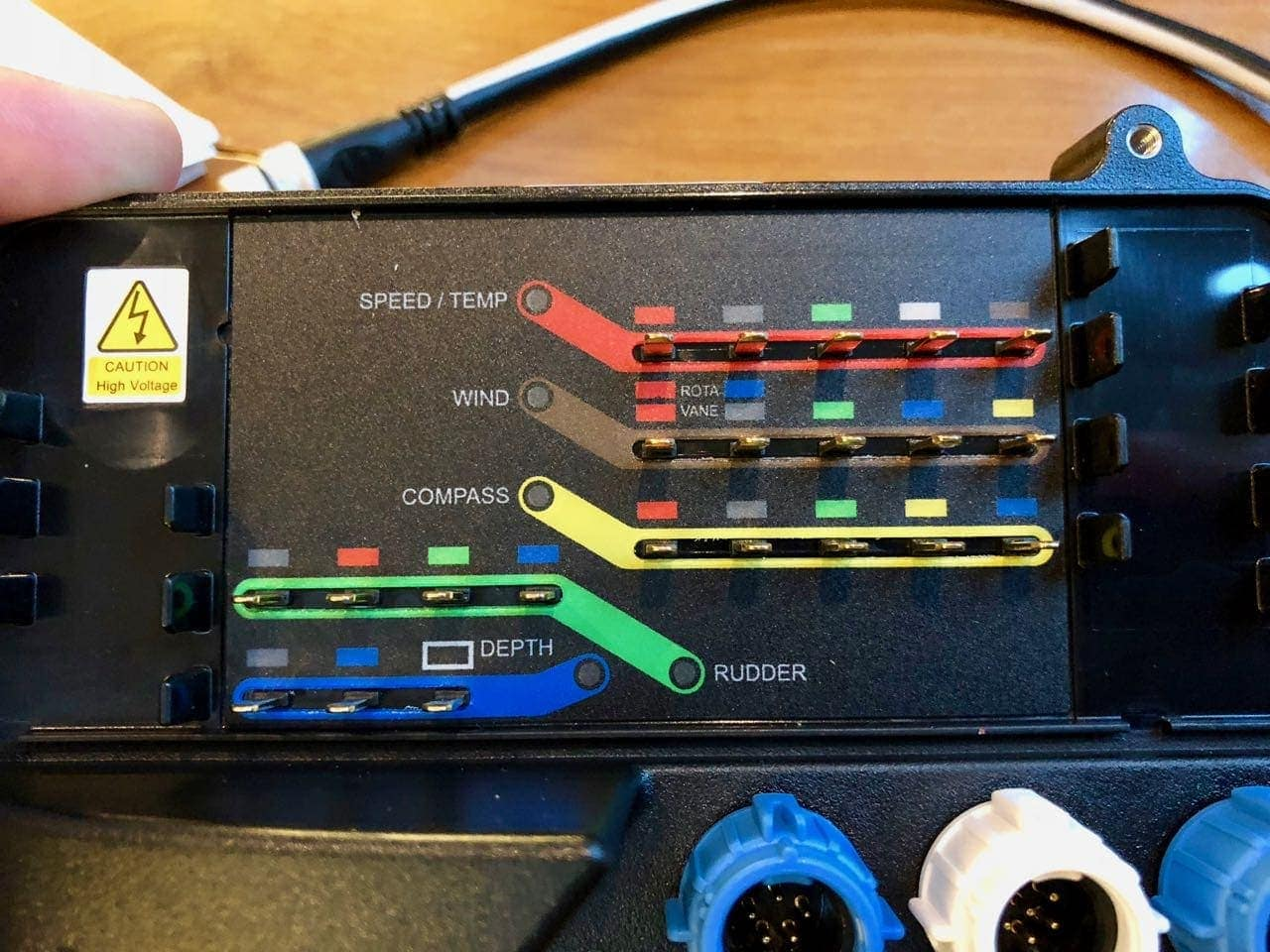 Raymarine ITC-5 simplifies older ST instruments